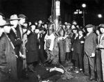 1024px-Duluth-lynching-postcard