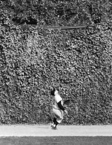 1960-Yogi-in-left-270-A